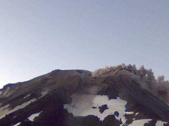 Chile-volcano-2016